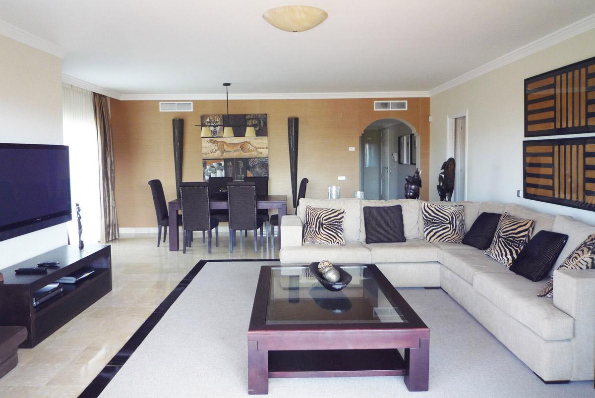 V004 – Marques de Atalaya – 3 Bedroom Apartment