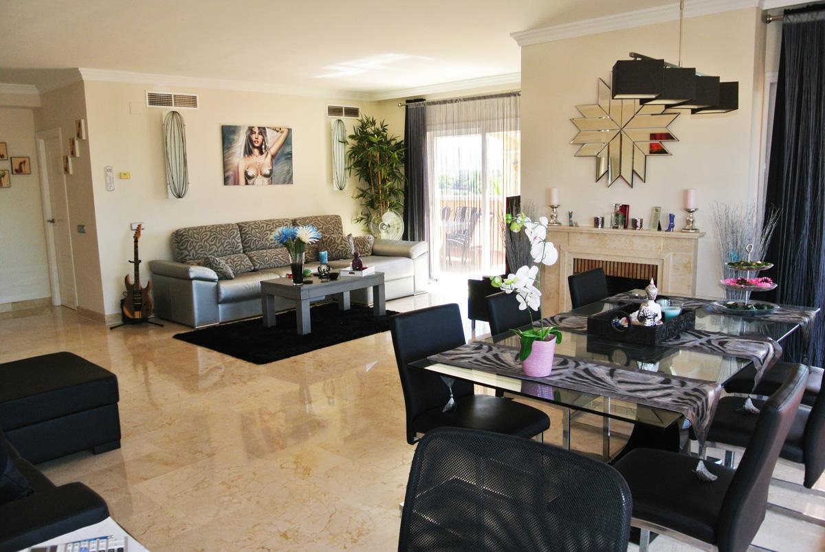 V016 – Marques de Atalaya – 3 Bedroom Duplex Penthouse
