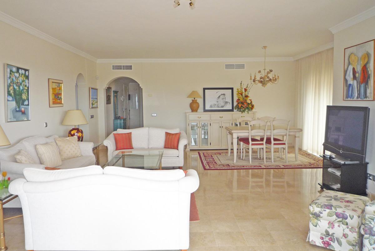 D023 – Marques de Atalaya – 3 Bedroom Apartment