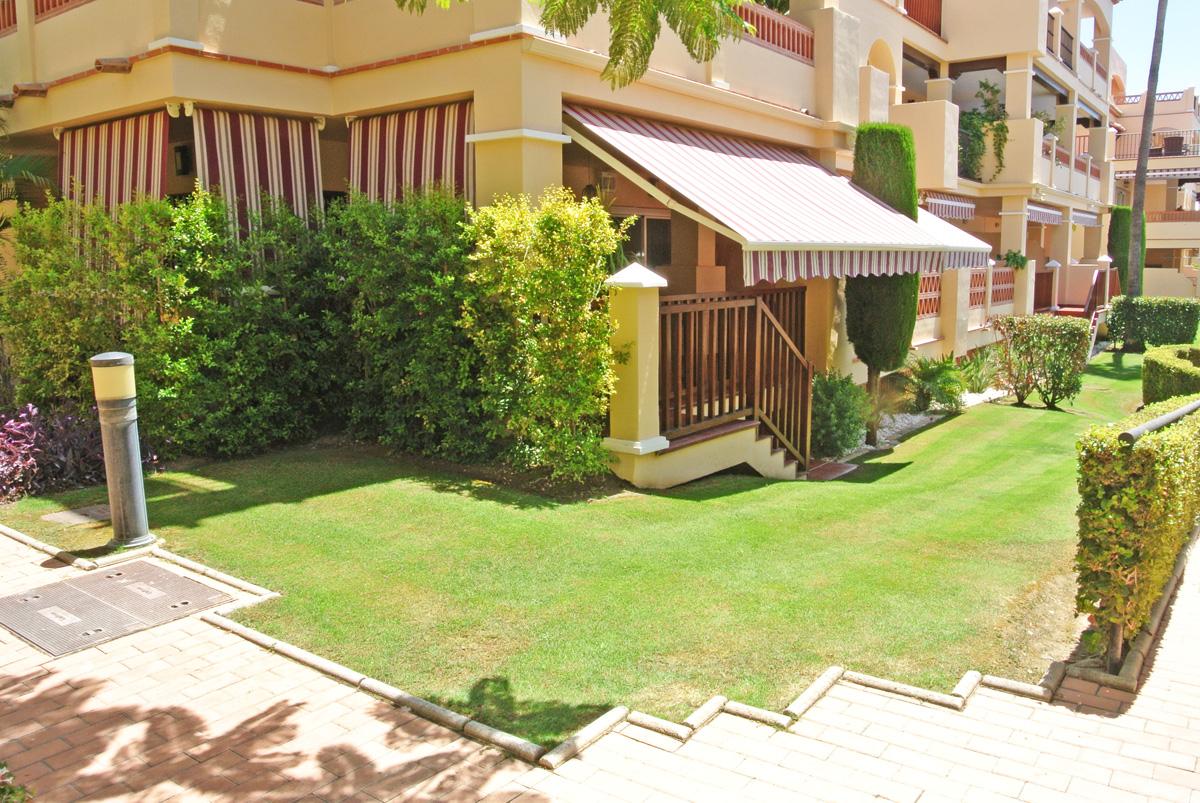 V001 – Marques de Atalaya, 3 bedroom apartment at the pool