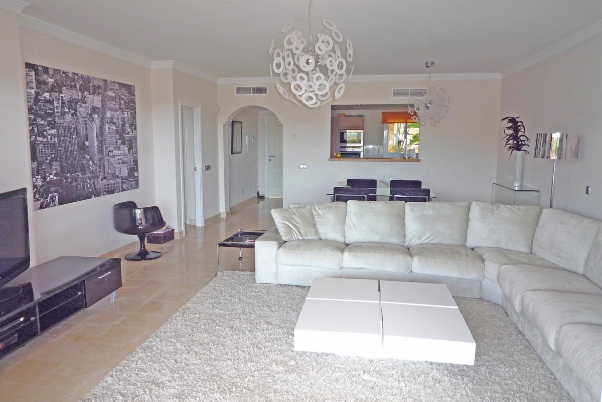 V010 – Marques de Atalaya – 2 Bedroom Apartment